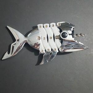Shark wine corkscrew & bottle opener chrome